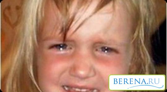Бывают случаи, когда ребенок истерит без явной причины - дайте ему поплакать, возможно у него просто перегружена нервная система, которая требует разрядки