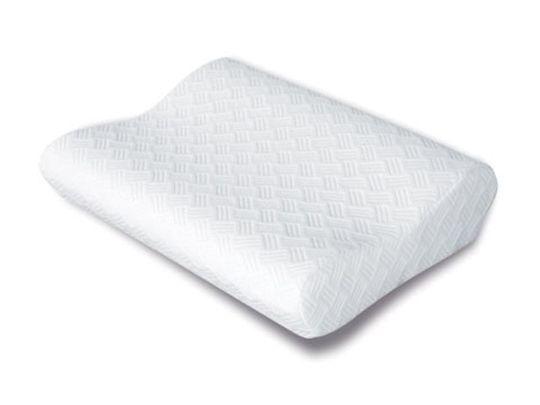 Компактная ортопедическая подушка средней жесткости, особой эргономичной формы.